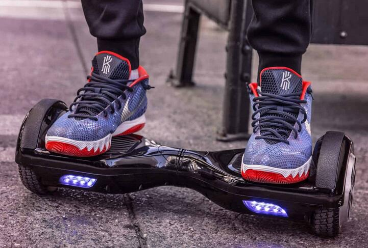 8 Fastest Hoverboards in 2020 Reviews with Comparison