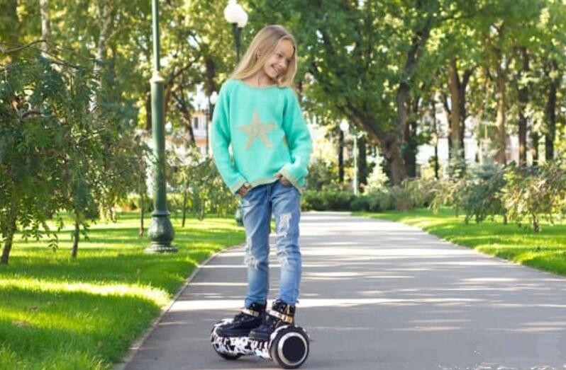 7 Best Hoverboards For Girls in 2020 Reviews with Comparison