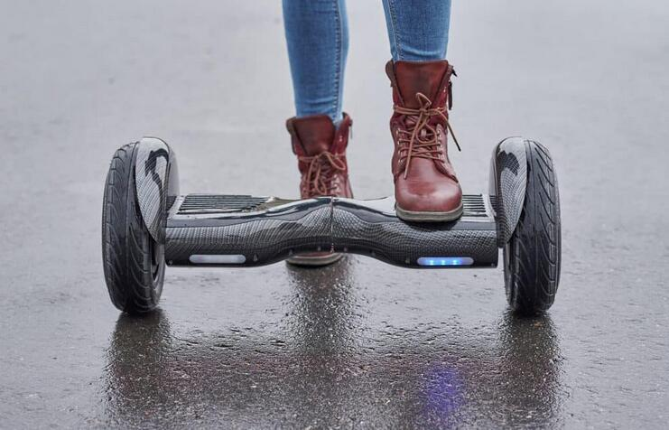 6 Best Hoverboard for 300 lbs & 250 lbs(2021 Update)